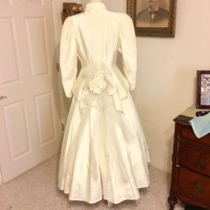 Vintage country western wedding dress set